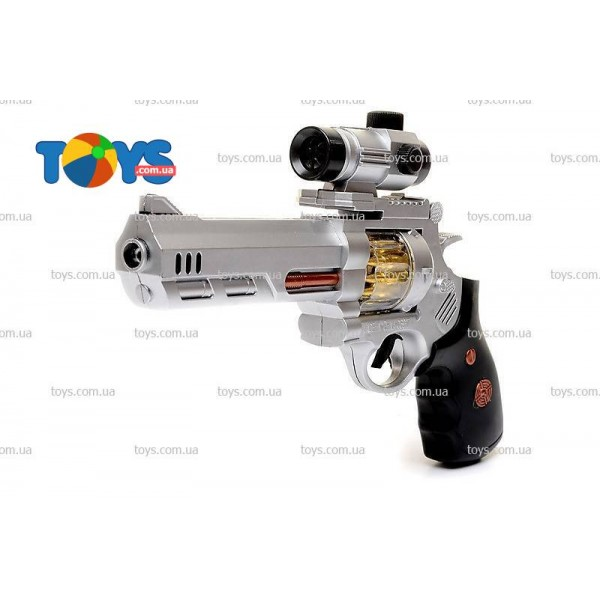 Пистолет при стрельбе вылетают искры 06917